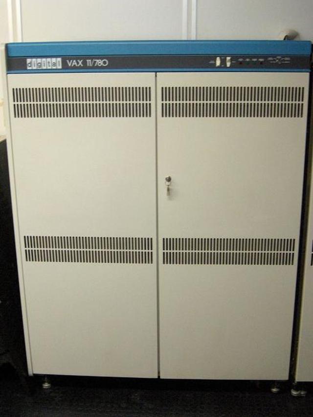 DEC Field Engineer/VAX Programmer