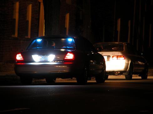 2004-02-25_Night_traffic_stop_in_Durham_1.jpg