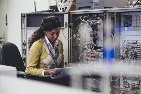 InformationWeek 2016 Salary Survey: 10 Best-Paying IT Jobs