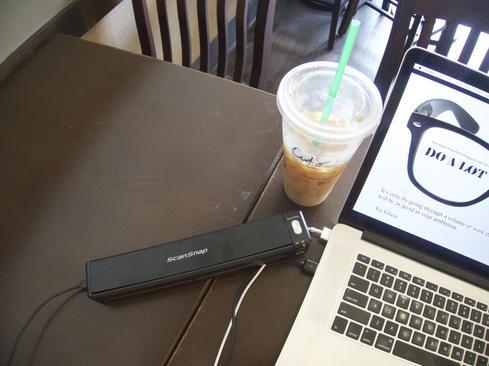 Fujitsu ScanSnap ix100: Portable Scanning In A Backpack