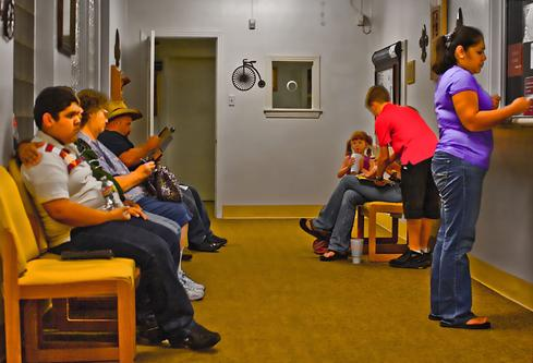 10 Waiting Room Apps That Engage Patients