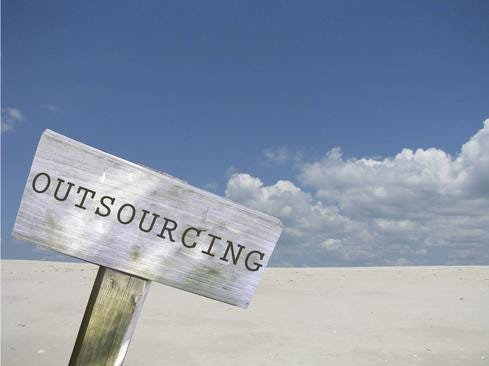 outsourcingCloud.jpg