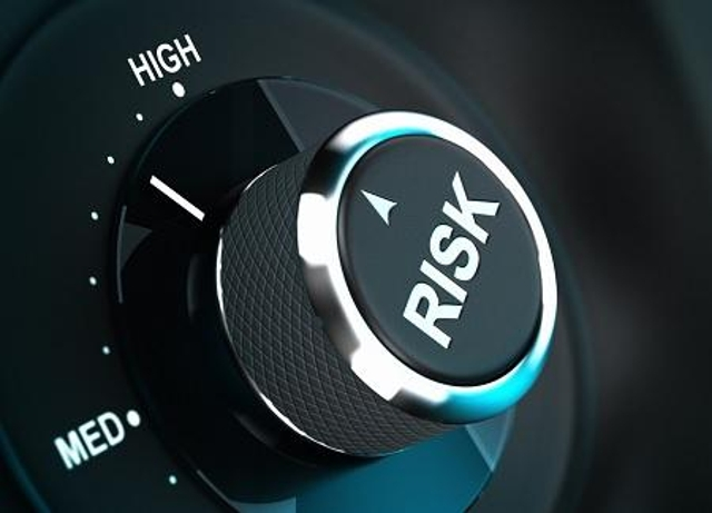 Risk Analysis and Negotiation