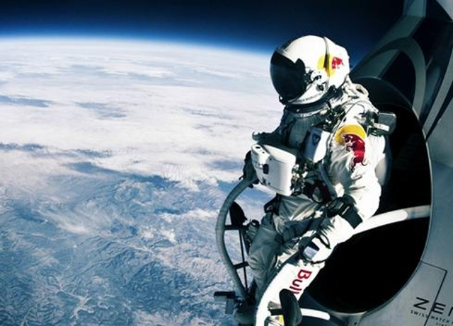 Highest free fallIn October 2012, Felix Baumgartner successfully completed a 120,000-foot free-fall jump above New Mexico, be
