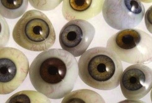 EyesResearchers at the University of Cambridge printed living retinal eye cells from adult rats, a step that could eventually