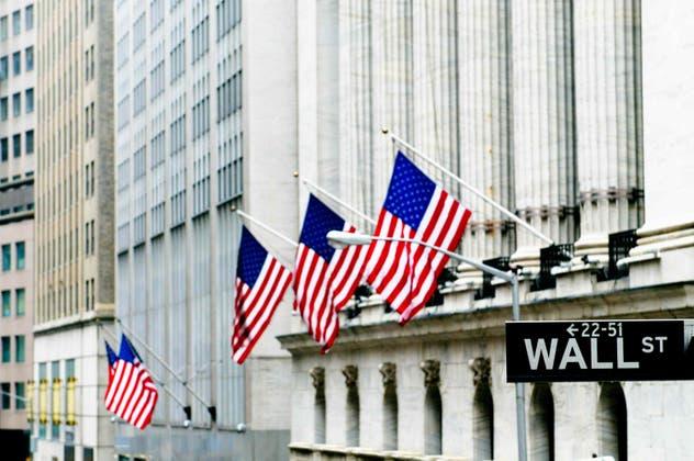 S&P 500 se anota nuevo máximo histórico tras toma de protesta de Joe Biden