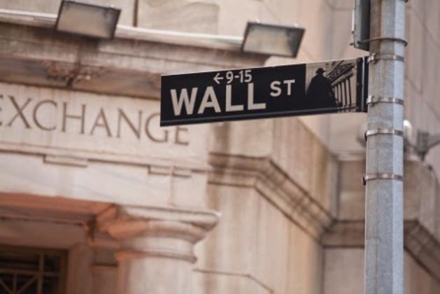"""当""""美联储看跌期权""""遇上经济数据强势反弹"""