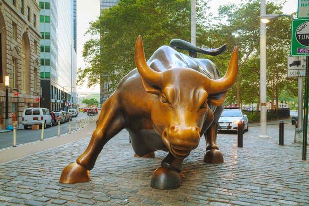 S&P 500 coquetea con récord histórico ¿En camino a los 3,500 puntos?