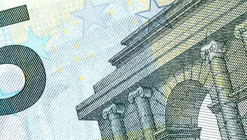 EUR struggled after ECB collateral easing measures