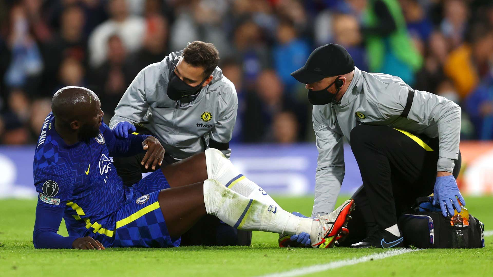 Chelsea suffer injury nightmare as Lukaku and Werner forced off in first half against Malmo | Goal.com