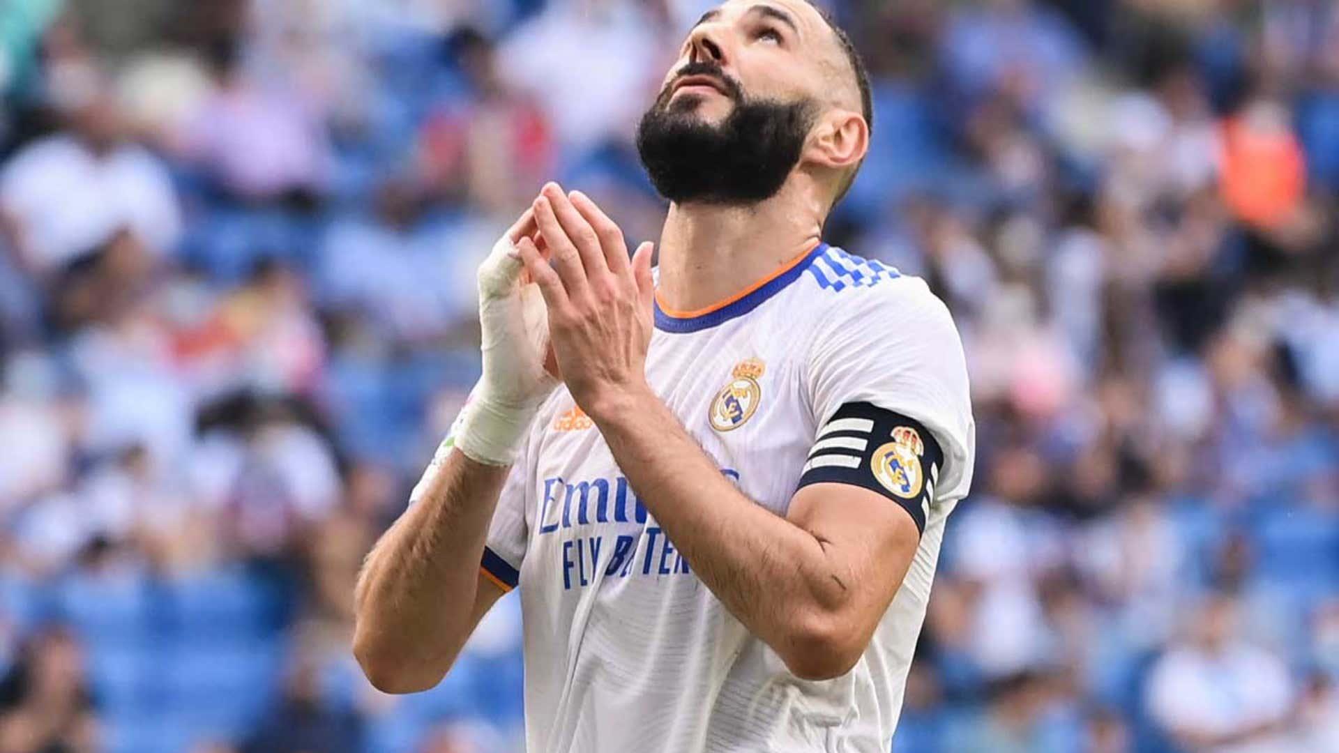 Ballon d'Or : Les entraîneurs de Ligue 1 votent Karim Benzema   Goal.com